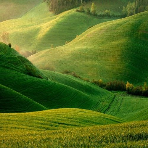 Rolling Hills - most gorgeous travel destinations around the world
