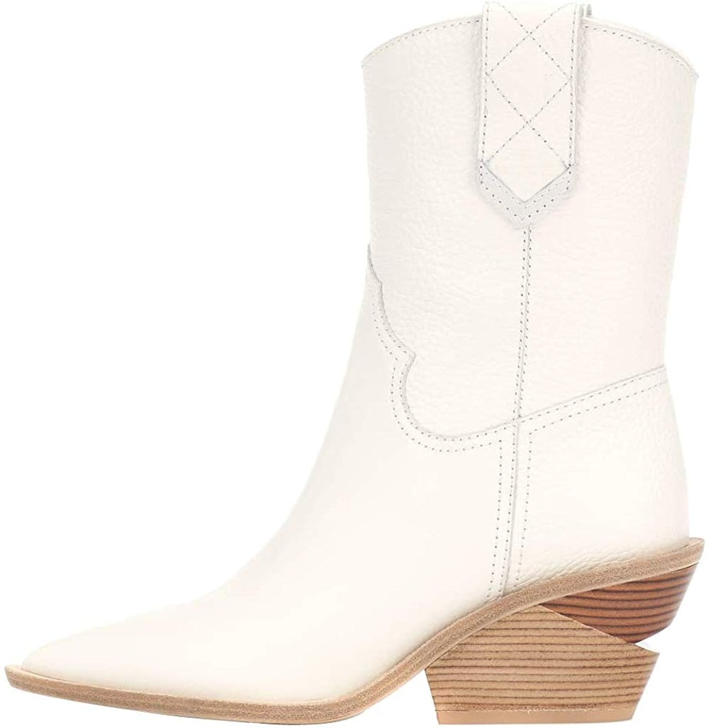 This image has an empty alt attribute; its file name is 13.Themost-Ankle-Boots.jpg