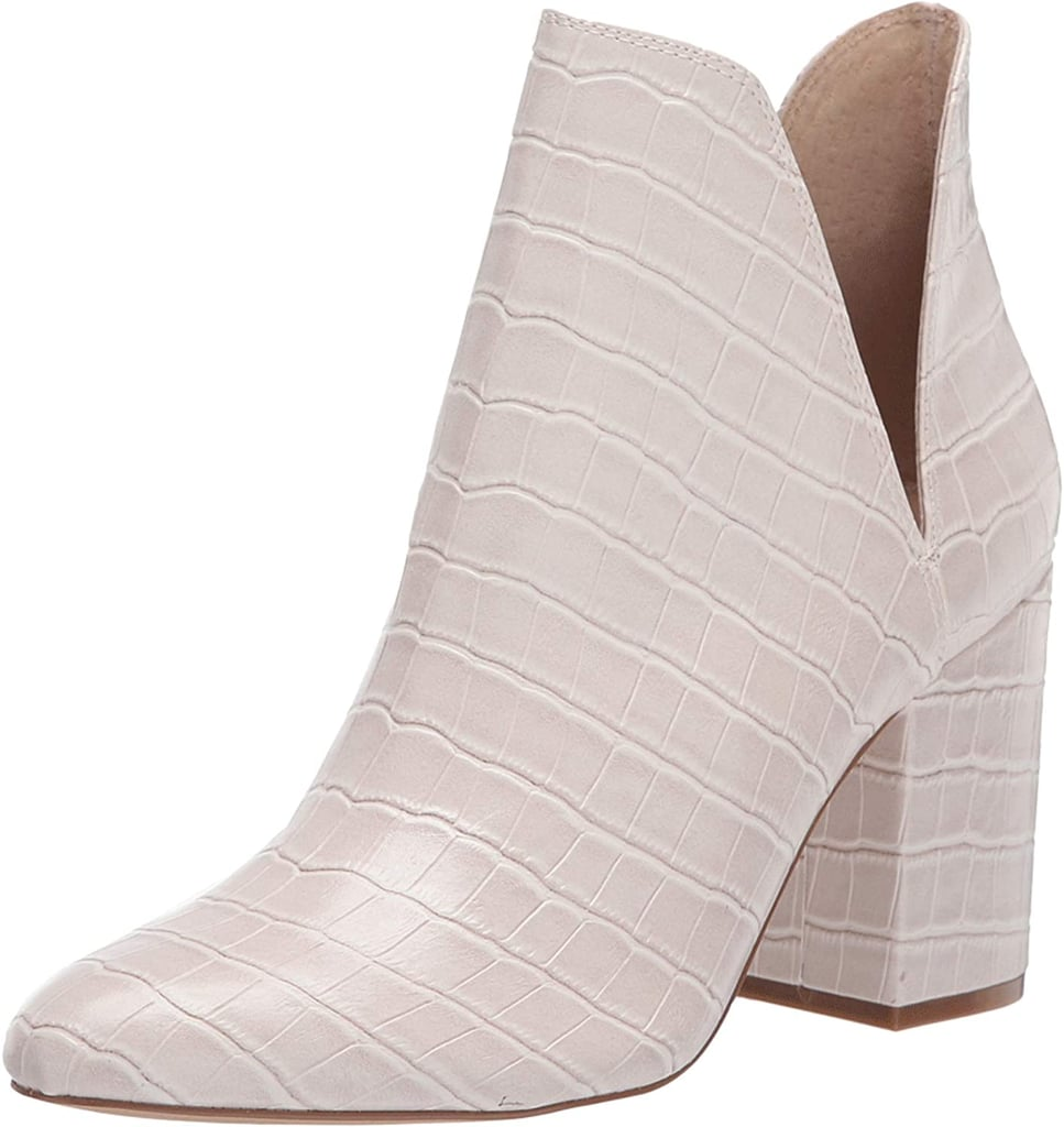 This image has an empty alt attribute; its file name is 3.-Steve-Madden-Rookie-Fashion-Boots.jpg