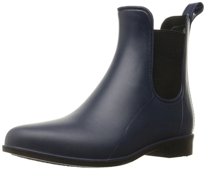 This image has an empty alt attribute; its file name is 4.-Sam-Edelman-Tinsley-Rain-Boot.jpg