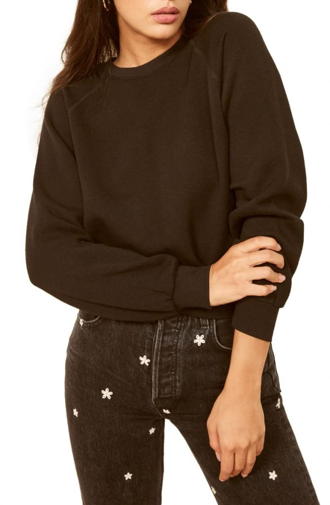 This image has an empty alt attribute; its file name is Rio-Sweatshirt-668x1024.jpeg