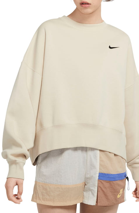 This image has an empty alt attribute; its file name is Sportswear-Crewneck-Sweatshirt.jpeg