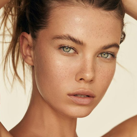 reasons why you should start using facial oils